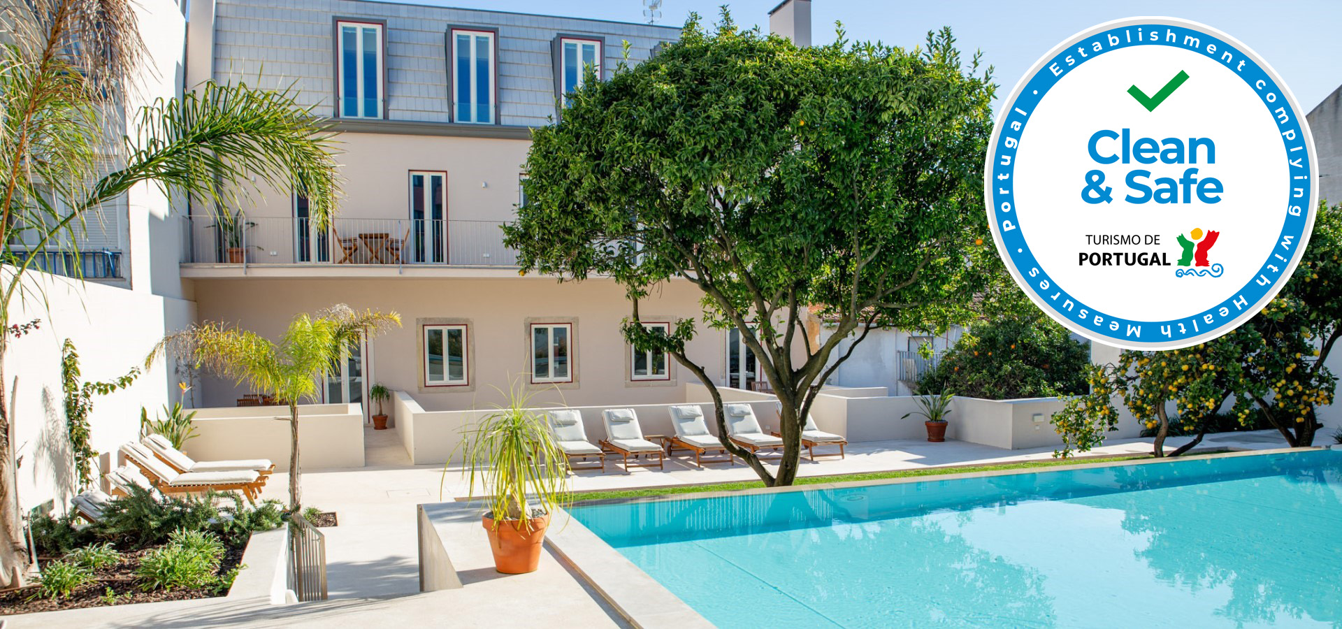 Charming apartments with garden and swimming pool in Lisbon